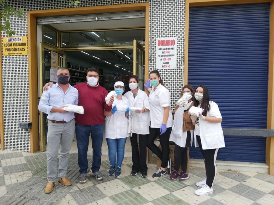Continúan las donaciones de mascarillas en Mairena del Alcor 1