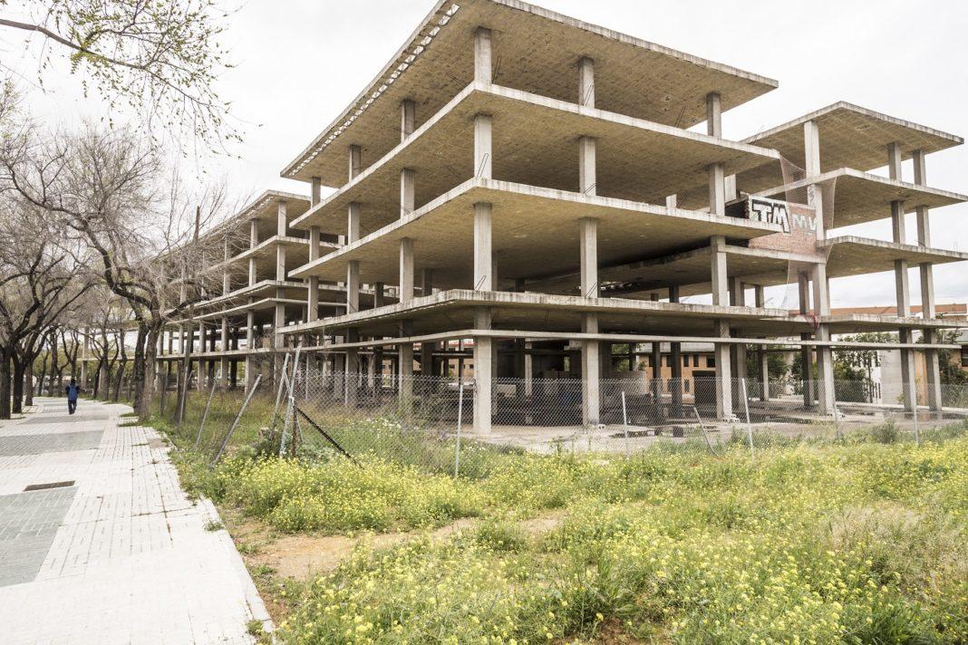 La Junta pone en venta suelo para 120 viviendas en La Rinconada y tres terciarios en Sevilla 1