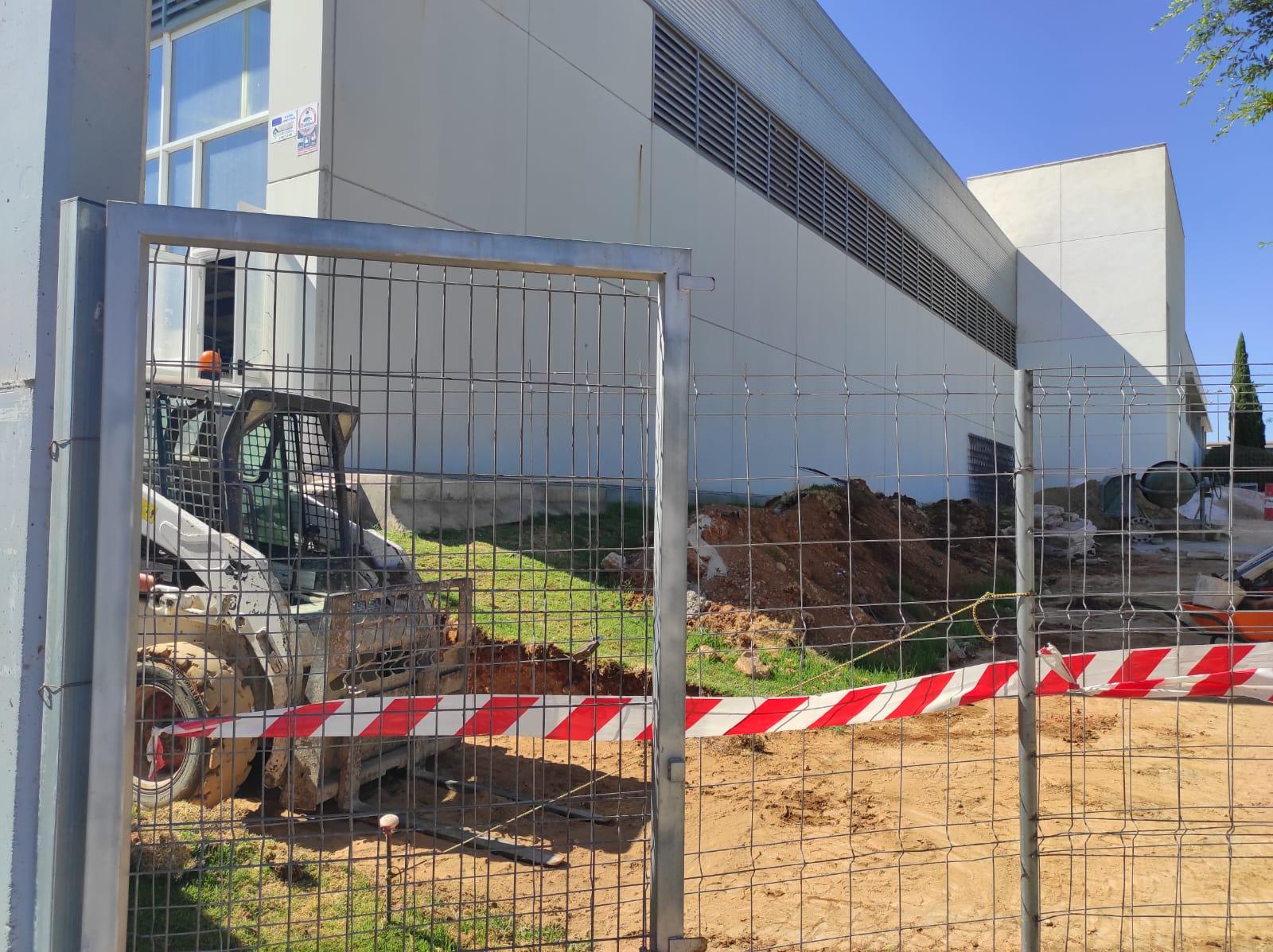 El Ayuntamiento de Alcalá invierte más de 220.000 eurosen obras de mejora en el Complejo Deportivo Distrito Sur 2